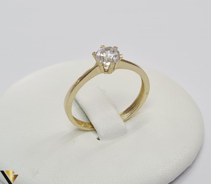 """Inel din aur 14k, 585 1.72 grame Latime inelului la partea superioara este de 5.5 mm Diametrul inelului este de 18 mm Masura standard RO: 56 si UE: 16 Marcaj cu titlul """"585"""" Locatie Harlau 0"""