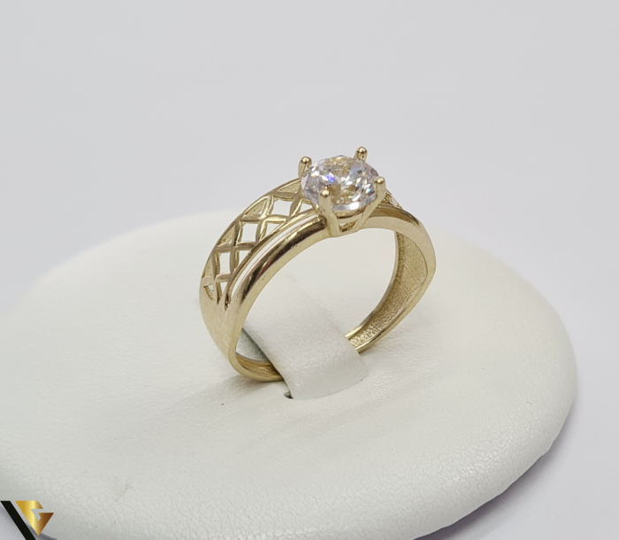 """Inel din aur 14k, 585 2.15 grame Latime inelului la partea superioara este de 8 mm Diametrul inelului este de 17.5mm Masura standard RO: 54 si UE: 14 Marcaj cu titlul """"585"""" Locatie Harlau 0"""