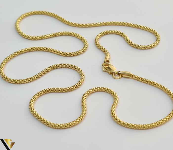 """Lant din aur 14k, 585 4.47 grame Lungime de 46 cm Latime de 1.2 mm Marcaj cu titlul """"585"""" Locatie HARLAU                                                                                          Lant din aur 14k, 585 6.49 grame Lungime de 59 cm Latime de 2.2 mm Marcaj cu titlul """"585"""" Locatie HARLAU 1"""