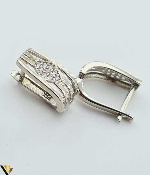 """Cercei din argint 925 3.51 grame Lungimea cerceilor este de 15.5 mm Latimea maxima a cerceilor este de 7.7 mm Marcaj cu titlul """"925"""" Locatie HARLAU [1]"""