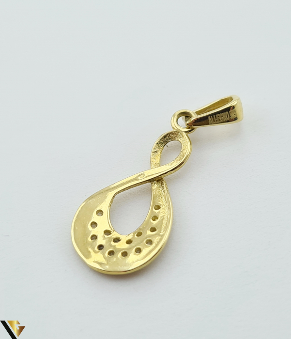 Pandantiv din aur 14k, 585 0.83 grame Lungimea pandantivului cu anou este de 23 mm Latimea pandantivului este de 8.5mm Locatie HARLAU [2]