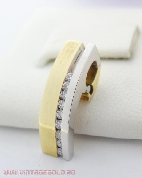 Pandant cu diamante de cca. 0.13 ct, din aur 14k, 3.11 grame (R) 0