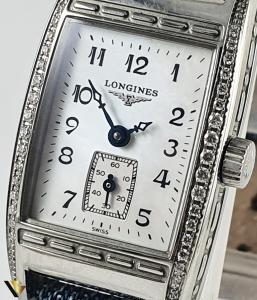Longines Belle Arti Collection, Diamante de 0.19 ct in total1