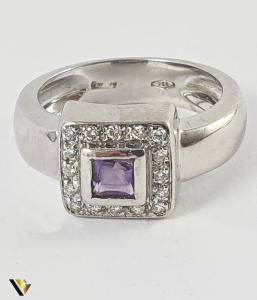Inel Aur 18k, Ametist si Diamante, 7.50 grame , 220 LEI / GR1