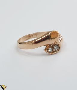 """Inel din aur 14k, 585 3.20grame Diametrul inelului este de 17.5mm (masura standard RO:55 si UE:15) Latimea in partea superioara este de 9.5 mm Marcaj cu titlul """"585"""" Locatie Harlau [3]"""