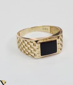 """Inel din aur 14k, 585 5.59grame Diametrul inelului este de 20.5mm (masura standard RO:65 si UE:25) Latimea in partea superioara este de 10 mm Marcaj cu titlul """"585"""" Locatie Harlau [1]"""