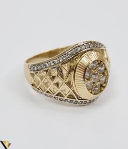 """Inel din aur 14k, 585 8.55 grame Latime inelului la partea superioara este de 18 mm Diametrul inelului este de 21.5 mm Masura standard RO: 68 si UE: 28 Marcaj cu titlul """"585"""" Locatie Harlau [2]"""