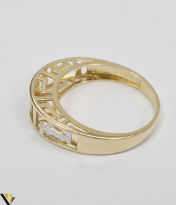 """Inel din aur 14k, 585 2.56 grame Latime inelului la partea superioara este de 5 mm Diametrul inelului este de 18 mm Masura standard RO: 56 si UE: 16 Marcaj cu titlul """"585"""" Locatie Harlau [3]"""