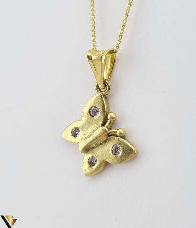 Pandantiv din aur 14k, 585 1.09 grame Lungimea pandantivului cu anou este de 20 mm Latimea pandantivului este de 10mm Locatie HARLAU [1]
