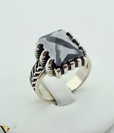 """Inel din argint, 925 9.48 grame Latime inel 15.5 mm Diametrul inelului este de 19.5mm (masura standard RO: 61 si UE: 21) Marcaj cu titlul """"925"""" Locatie HARLAU [0]"""