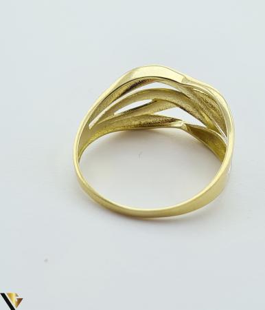 """Inel din aur 14k, 585 2.41 grame Latime inelului la partea superioara este de 9 mm Diametrul inelului este de 20mm Masura standard RO: 62 si UE: 22 Marcaj cu titlul """"585"""" Locatie Harlau [2]"""