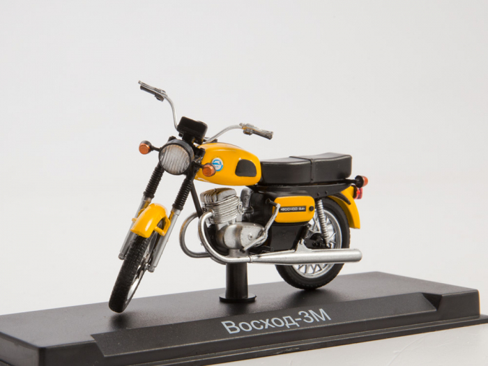 Macheta motocicleta ruseasca Voshod-3M, scara 1:24 [0]
