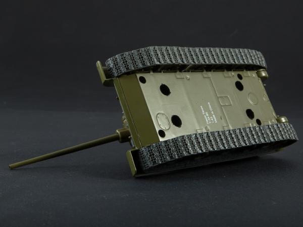 Macheta tanc rusesc T-34-85, scara 1:43 2