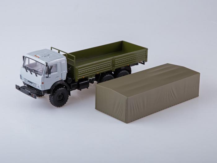 Macheta camion Kamaz 53501 6x6, scara 1:43 [8]