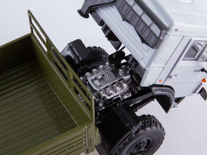 Macheta camion Kamaz 53501 6x6, scara 1:43 [9]