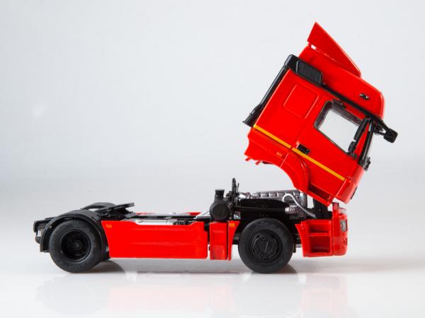 Macheta cap tractor Kamaz 5490, scara 1:43 5