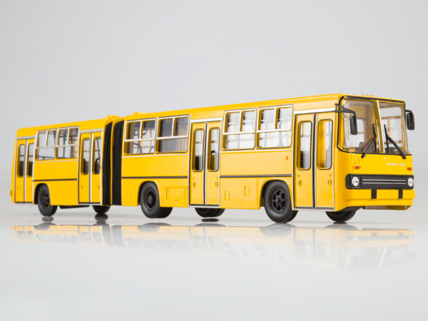 Macheta autobuz Ikarus 280.64 cu usi late, scara 1:43 2