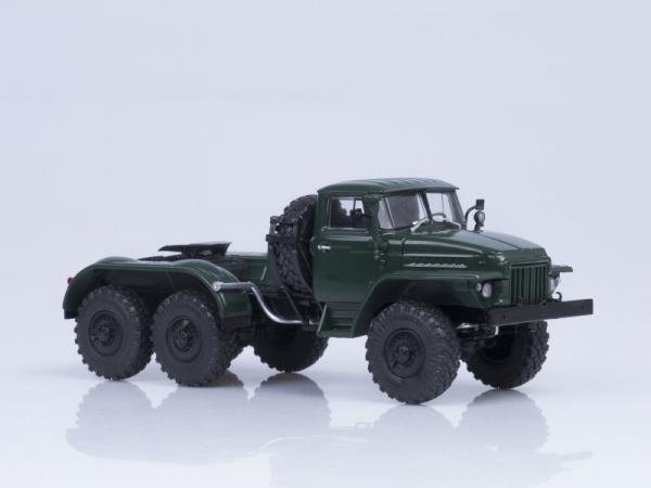 Macheta cap tractor URAL 375S-K1, scara 1:43 2
