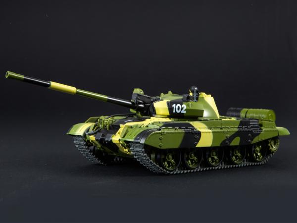 Macheta tanc rusesc T-62M, scara 1:43 0