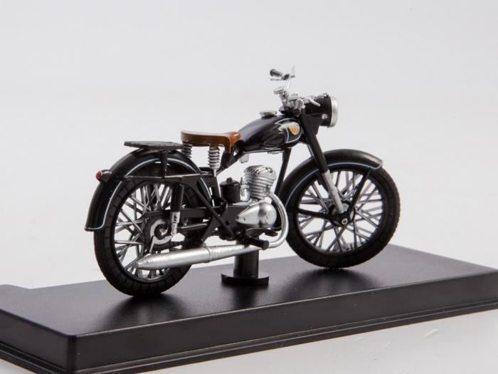 Macheta motocicleta ruseasca M-103, scara 1:24 [2]