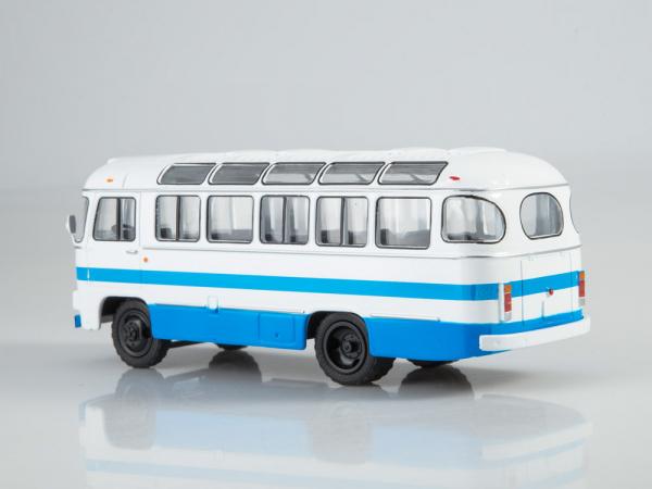 Macheta autobuz PAZ-672M, scara 1:43 1