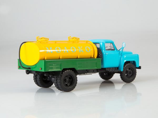 Macheta auto camion cisterna lapte ACPT-3.3 (Gaz 53), scara 1:43 1