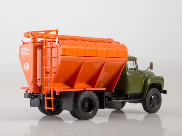 Macheta auto camion transport furaje Zil-130, scara 1:43 1
