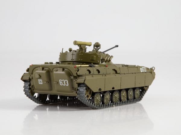 Macheta transportor blindat rusesc BMP-2D, scara 1:43 2