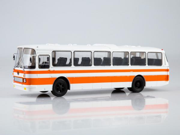 Macheta autobuz LAZ-699R, scara 1:43 [3]
