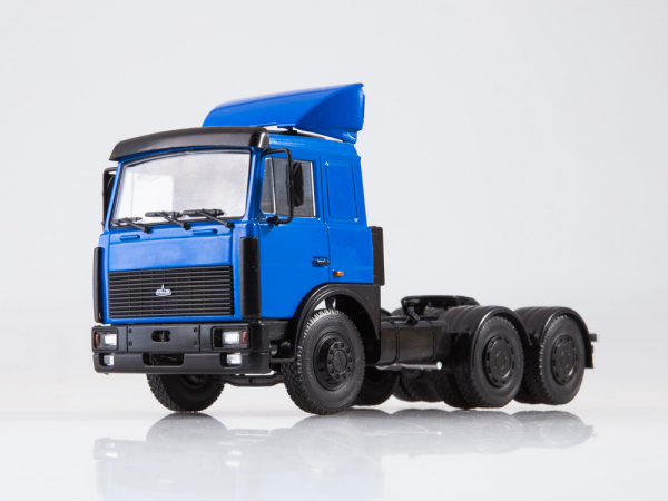 Macheta cap tractor MAZ 6422, scara 1:43 3
