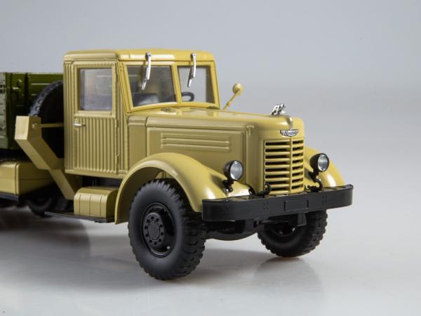 Macheta camion YAAZ 210, scara 1:43 3