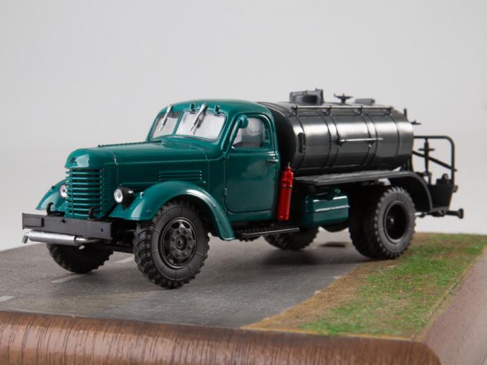 Macheta camion autogudronator Zil-164 scara 1:43 [5]