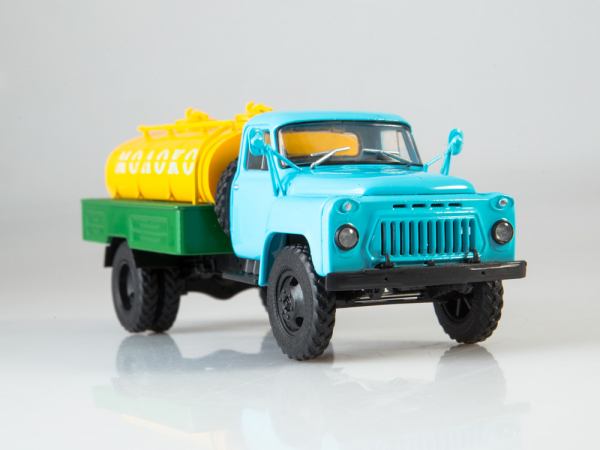 Macheta auto camion cisterna lapte ACPT-3.3 (Gaz 53), scara 1:43 4