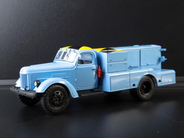 Macheta auto camion demaror avioane APA-35-2 (Zil 164), scara 1:43 3