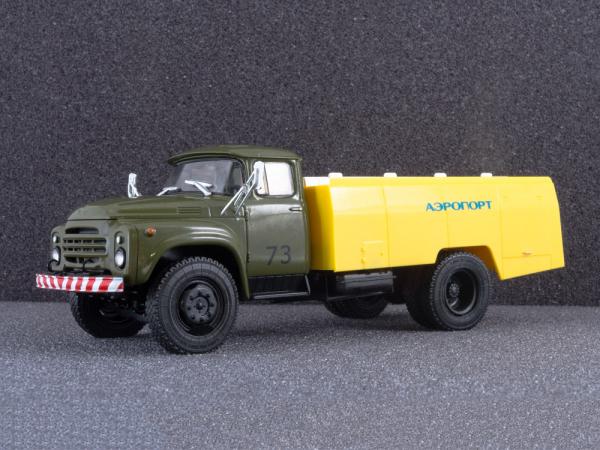 Macheta auto cisterna pentru avioane AC-161 (Zil 130), scara 1:43 6