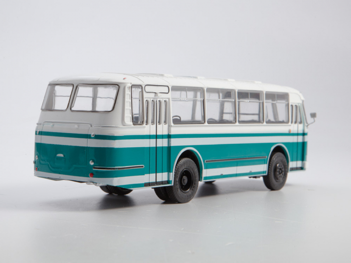 Macheta autobuz LAZ-695M, scara 1:43 [6]