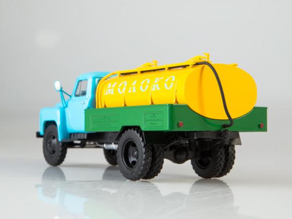 Macheta auto camion cisterna lapte ACPT-3.3 (Gaz 53), scara 1:43 5