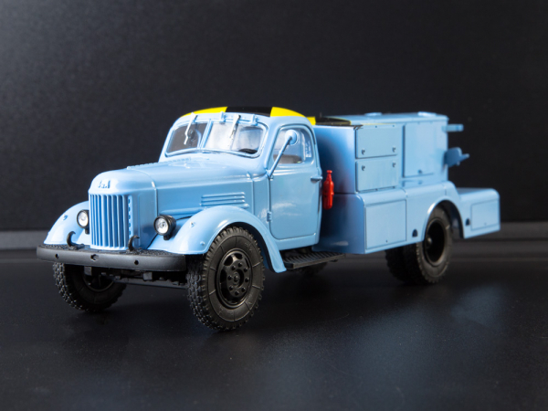 Macheta auto camion demaror avioane APA-35-2 (Zil 164), scara 1:43 4