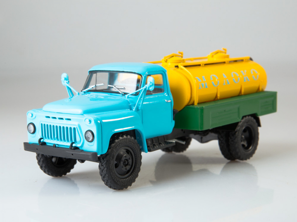 Macheta auto camion cisterna lapte ACPT-3.3 (Gaz 53), scara 1:43 6