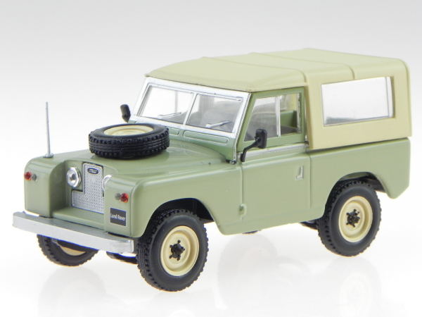 Macheta Land Rover 88 Series II, scara 1:43 0