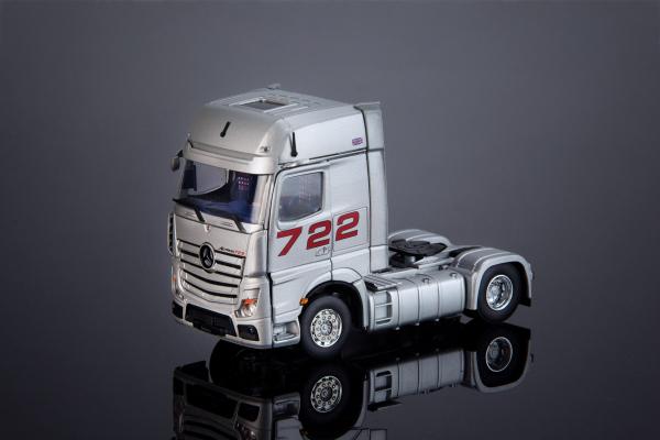 """Macheta cap tractor Mercedes Actros """"722"""", scara 1:50 2"""