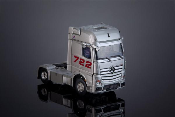 """Macheta cap tractor Mercedes Actros """"722"""", scara 1:50 3"""