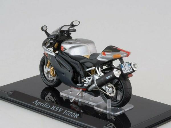 Macheta motocicleta Aprilia RSV 1000R, scara 1:24 1