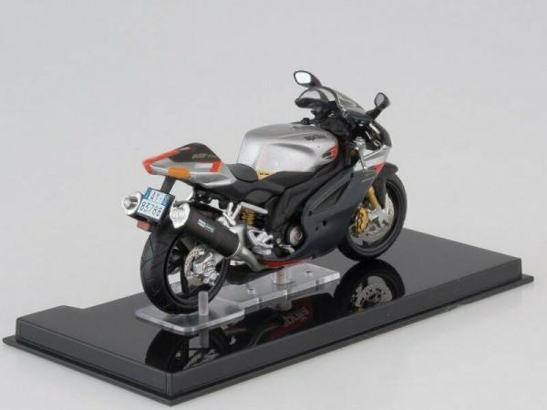 Macheta motocicleta Aprilia RSV 1000R, scara 1:24 2