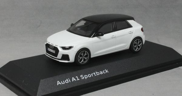 Macheta auto Audi A1 Sportback, scara 1:43 0
