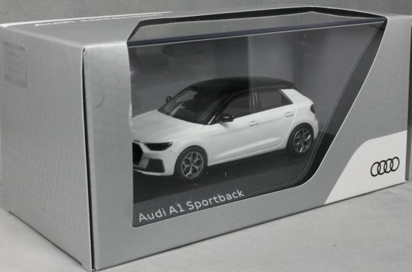 Macheta auto Audi A1 Sportback, scara 1:43 2