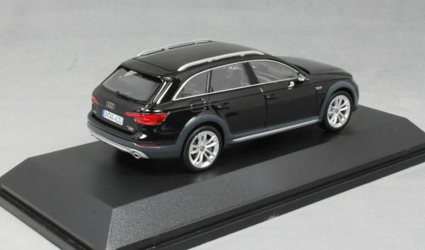 Macheta auto Audi A4 Allroad, scara 1:43 1