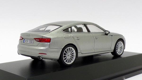 Macheta auto Audi A5 Sportback, scara 1:43 1