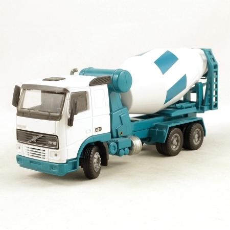 Macheta betoniera Volvo FH12 6x4, scara 1:50 0