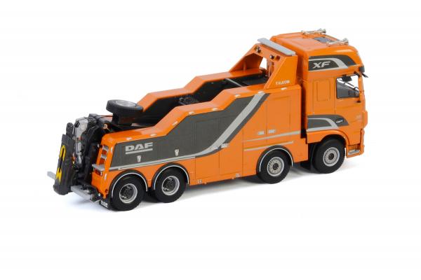 Macheta auto camion depanare Falkom pe sasiu DAF XF SSC, scara 1:50 1